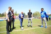 CENTİLMENLİK - Kocasinan'da Ortaokullar Arası Futbol Turnuvası Final Heyecanı