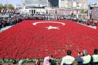 ORHAN KURAL - Lalelerden Yapılan Türk Bayrağı Rekorlar Kitabında