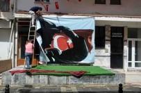 Marmaris'te Vatandaşlardan Örnek 23 Nisan Sokağı