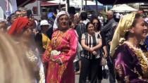 Muğla'da Turistlere Yöresel Yemek İkramı