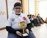 ROBOTLAR - Robotik Yarışmada Madalya Kazanan Engelli Öğrencinin Azmi