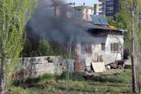 Sivas'ta Kokutan Ev Yangını