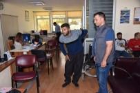KALENDER - Tekerlekli Sandalyeyle Geldiği Karakolda Ayaklandı