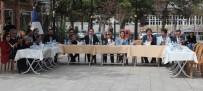 Üniversite Öğrencilerine Etli Pilav Ve Demir Tatlısı İkram Edildi