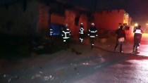 Adana'da Hurda Deposunda Yangın