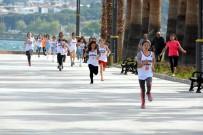YARIŞ - Aliağa'da 23 Nisan Koşusu