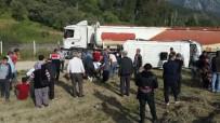 AKARYAKIT TANKERİ - Antalya'daki Trafik Kazası