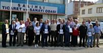 GARNİZON KOMUTANI - Askerden Salihli'ye Teşekkür Plaketi