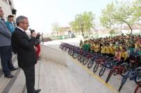 FARABI - Başkan Köşker'den Öğrencilere Hediye Bisiklet