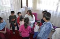 Beyza Elban, Sevgi Evlerini Ziyaret Etti