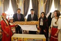 İSTANBUL VALİSİ - Dünya Çocuklarından Vali Şahin'e 'Barış Ekmeği'