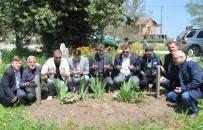 ÜÇPıNAR - Gazeteci Namık Azgın Mezarı Başında Anıldı