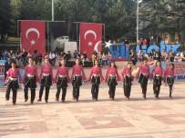 Halk Oyunları Gösterileri Yapıldı