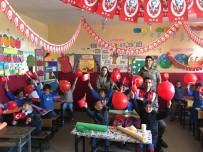 DAĞPıNAR - Kars'ta Jandarma 23 Nisan Öncesi Çocukları Unutmadı