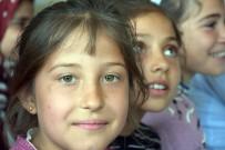 RESIM SERGISI - Köy Çocukları 23 Nisan'ı Büyükçekmece'de Kutlayacak