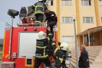 İTFAİYE ARACI - Polis Adaylarına Yangın Tatbikatı