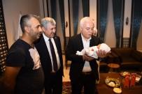 Prof. Dr. Hatipoğlu Yeni Doğan Bebeğin İsmini Koydu