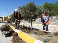 Şırnak Belediyesi, Refüj Düzenleme Çalışması Başlattı