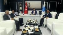 DERVIŞ ZAIM - Ünlü Yönetmen Derviş Zaim Rektör Karacoşkun'u Ziyaret Etti