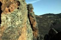 ORGANİK MEYVE - 2 Bin Yıllık Kayalar, Turizme Kazandırılmayı Bekliyor