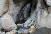 GÖLLER - Gizemli Mağara Keşfedilmeyi Bekliyor