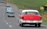 BİZ DE VARIZ - Klasik Otomobillerle'otizme Mavi Işık Yak' Konvoyu