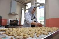 YEMEK TARIFLERI - Muş'ta Kadınlar Aşçılık Konusunda Kendilerini Geliştiriyor