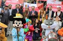 TİYATRO OYUNCUSU - Uşak'ta 7 Gün Sürecek Tiyatro Şöleni Başladı
