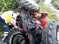 Adana'da Yoldan Çıkan Traktör Devrildi Açıklaması 2 Yaralı