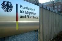 Almanya'da Yasadışı Sığınma Hakkı Onaylama Skandalı Açıklaması 6 Şüpheli Gözaltında
