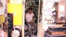 BAĞDAT - Bağdatlı Antika Saat Tamircisi Yıllardır Başkalarının 'Zamanını Ayarlıyor'