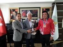 MUSTAFA ÇIÇEK - Balkan Şampiyonuna 3 Cumhuriyet Altını