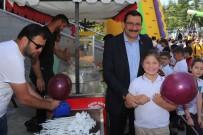 PATLAMIŞ MISIR - Başkan Ak Çocukların 23 Nisan Coşkusuna Ortak Oldu