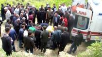 Bitlis'te Kamyonet Şarampole Devrildi Açıklaması 2 Ölü, 3 Yaralı