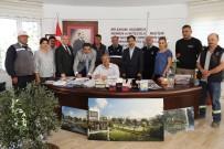 Burhaniye Belediyesi'nde Sözleşme Sevinci