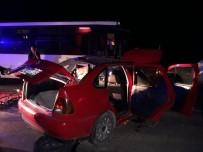 AKALAN - Denizli'de Trafik Kazası Açıklaması 3 Ölü, 9 Yaralı