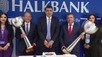 VOLEYBOL TAKIMI - Halkbank'ta Şampiyonluk Pastası Kesildi