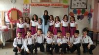 OKUL MÜDÜRÜ - Öğrenciler 23 Nisan'ı Coşkuyla Kutladı