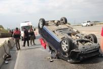 Otomobil Traktöre Arkadan Çarptı Açıklaması 1 Ölü, 1 Yaralı