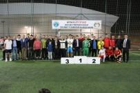 EĞİTİM FAKÜLTESİ - Rektörlük Zeytin Dalı Futbol Turnuvası'nda Dereceye Girenler Ödüllerini Aldı