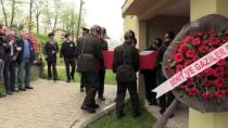ASKERİ TÖREN - Trafik Kazasında Ölen Jandarma Uzman Çavuş Toprağa Verildi