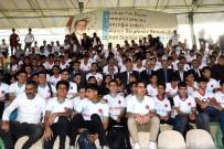 GARNİZON KOMUTANI - TÜGVA'dan 972 Öğrenciye Forma Dağıtımı