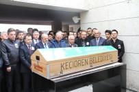 MEVLÜT KARAKAYA - Ünlü Şair Cemal Safi Ankara'da Son Yolculuğuna Uğurlandı