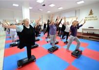 Beyoğlu'nda Kadınlar Sağlıklı Yaşam İçin Semt Konaklarına Koşuyor