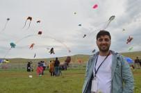 UÇURTMA FESTİVALİ - Binlerce Uçurtma Gökyüzünü Şenlendirdi