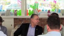 Galatasaray Kulübü Başkanı Cengiz Yemeğe Katıldı