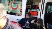 DEVLET HASTANESİ - Hareket Halindeki Kamyonetin Açılan Kapağı Yayaya Çarptı