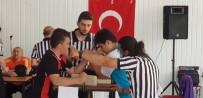 OKUL MÜDÜRÜ - İmam Adayları Bilek Güreşi Turnuvasına Damga Vurdu