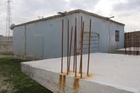 KURBAĞA - İnşaatı Yarım Kalan Evleri İçin Yardım Bekliyorlar