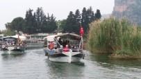 Öğrencilerden Dalyan Kanalı Ve İztuzu Plajı'nda Çevre Temizliği